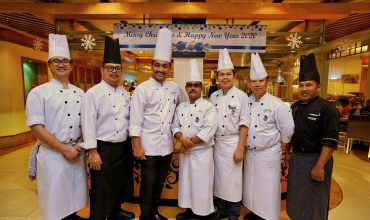 Celebrate This Christmas with Delicious Cuisines at Istana Hotel