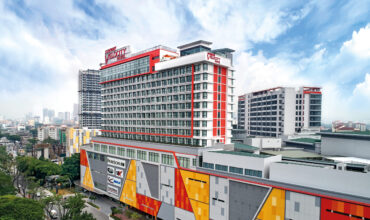 Screen and Get Free Stay at Sunway Velocity Hotel for RM 338 only