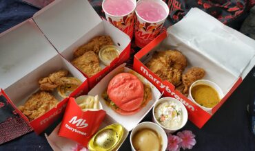 Marrybrown Launches Egg-Stra Ong Meal This Chinese New Year