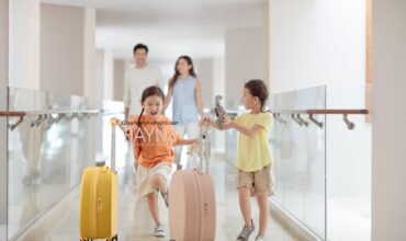 SHERATON HOTELS & RESORTS LAUNCHES ITS FIRST FAMILY PROGRAMME 'SIDE-BY-SIDE' IN ITS 13 RESORTS IN GREATER CHINA